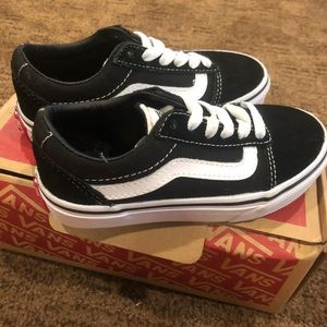 Toddler Vans Black Suede Canvas 11C
